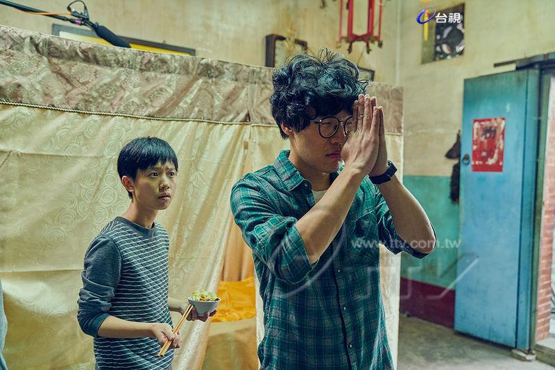 收視1.27刷新首播 「一刀未剪版」粉絲找碴  盧廣仲練唱不忘追劇  嚴正嵐太忙錯過播出